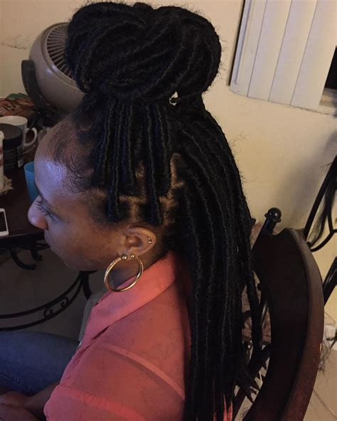 Knot Twist Hairstyles by 23 Twist Hairstyle Designs Ideas Design Trends