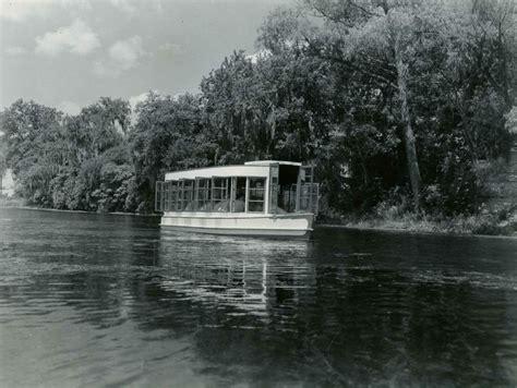 glass bottom boat san marcos texas aquarena springs