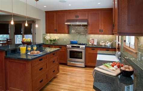 shaker oak kitchen cabinets quarter sawn oak cabinets kitchen shaker cabinet doors