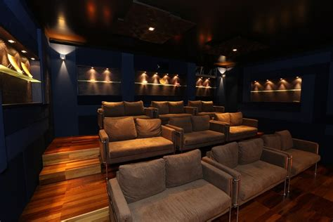 hte debuts high end turnkey home theatre inside ci