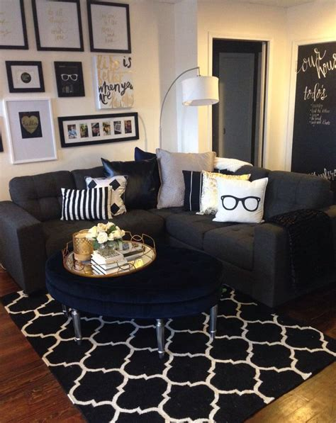 black room decor 1000 ideas about black living rooms on pinterest black