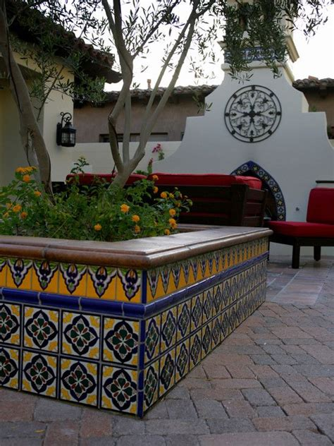 mexican patio decor best 25 mexican courtyard ideas on haciendas mexican hacienda decor and mexican