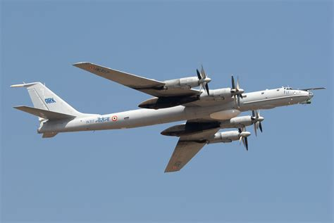 abductions ufos and nuclear weapons tupolev tu 95 image gallery tupolev tu 142