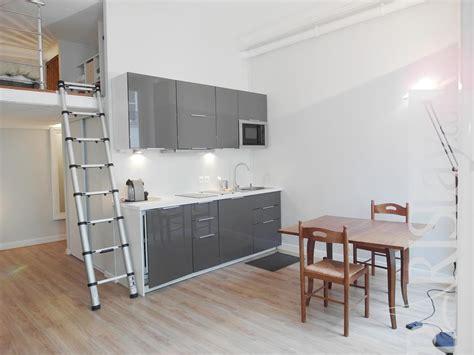 studio apartments  rent  paris victoire louvre