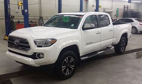 Toyota Tacoma Limited 2016 Toyota Tacoma Limited Cab 4x4 Automatic