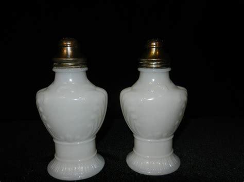 white milk glass l vintage white milk glass salt pepper shakers from