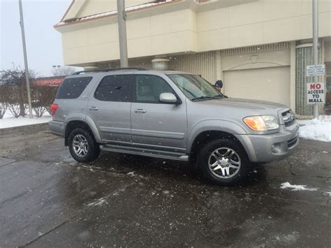 2005 Toyota Sequoia Reviews Picture Of 2005 Toyota Sequoia Sr5 4wd Exterior
