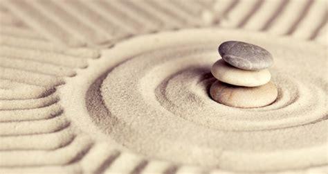 sabbia giardino zen giardino zen usb in un giardino zen giapponese u2014 foto