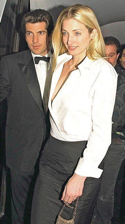 Elegant Living by 90s Fashion Icon Remembering Carolyn Bessette Kennedy