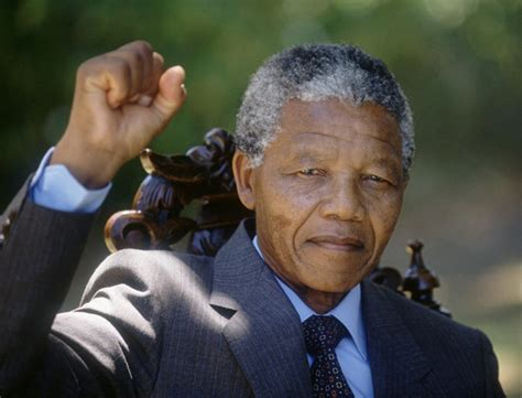 name the biography of nelson mandela historian leaders
