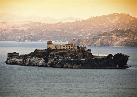 alcatraz tour 48 unlimited hop on hop off bus city