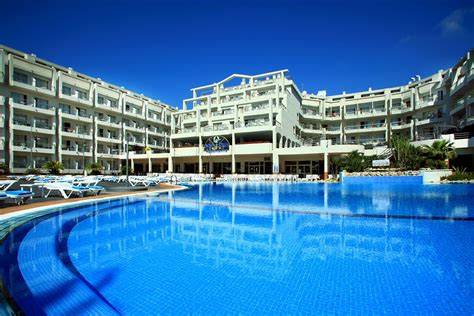 aqua inn aqua hotel aquamarina spa santa susanna spain