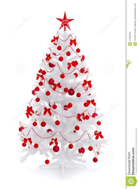 wei 223 er weihnachtsbaum mit roter dekoration lizenzfreie