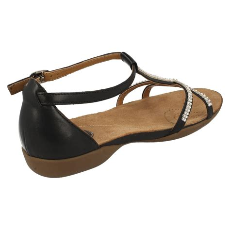 Sandal Flat Serut 3 Warna clarks t bar flat summer sandals raffi ebay