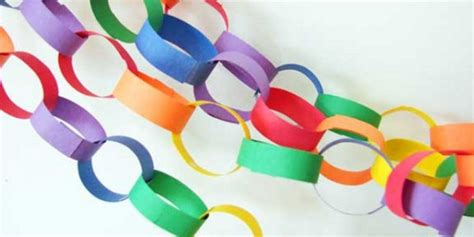 Make Paper Chains - make some pretty decorative paper chains bambino beats