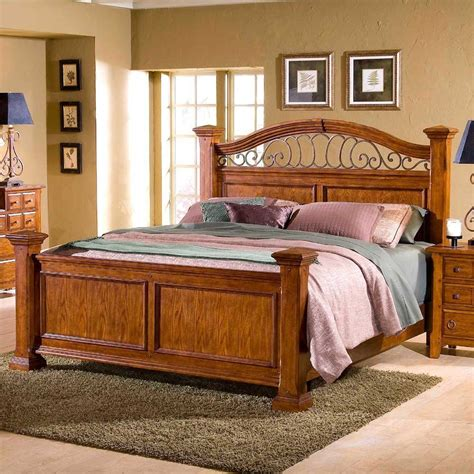 Broyhill furniture carrington collection light cherry low post bedroom furniture sets item