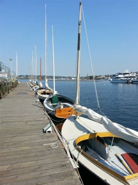 sailing boat information 25 best ideas about sailing lessons on pinterest