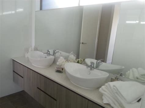 Mirror Splashbacks Brisbane Gold Coast All Quality Glass Bathroom Mirrors Gold Coast