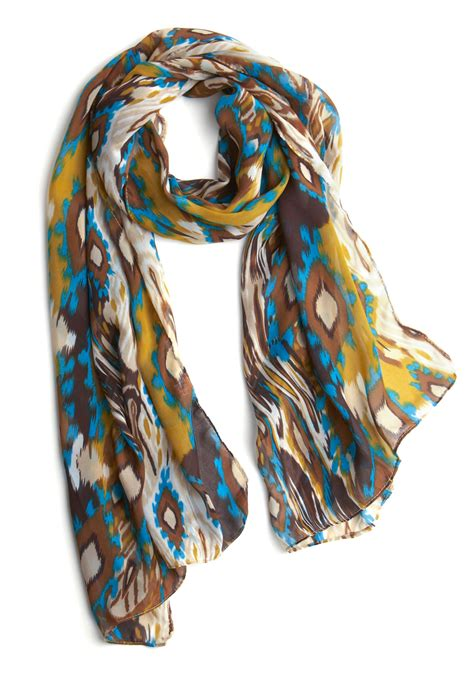 details in the fabric scarf mod retro vintage scarves