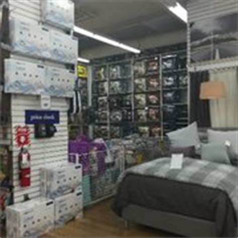 bed bath and beyond fenway bed bath beyond fenway park 40 foto s 64 reviews