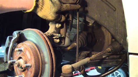 stabilizer  sway bar link replace   saturn ion youtube