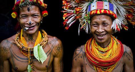 tato suku mentawai dan artinya lima suku di indonesia yang populer di dunia suku sunda