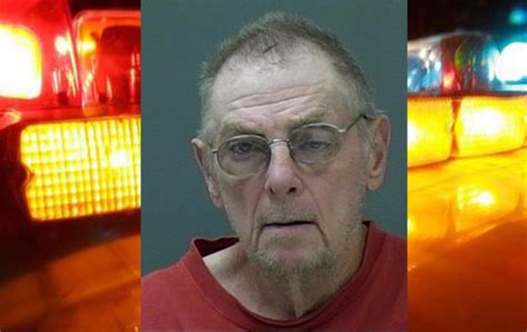 yes man dead on couch florida man arrested after keeping mother s dead body on couch