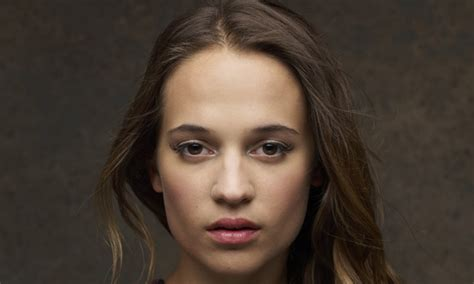 ex machina cast alicia vikander cast in bourne film entertainment news