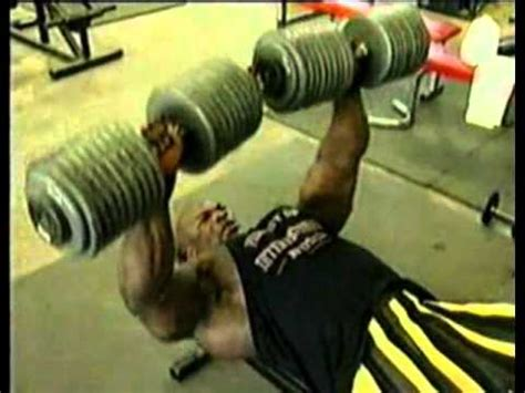 ronnie coleman bench max ronnie coleman doing dumbbell bench 28 images best of ronnie coleman workouts
