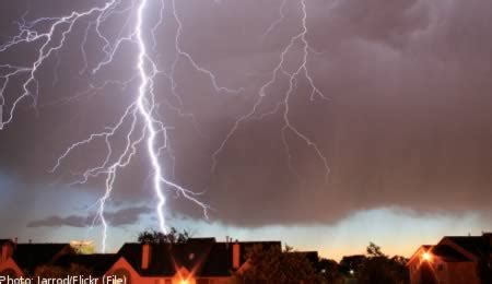 Showering During Lightning by 10 Stories Of Lightning Strikes Struck By Lightning Odds Struck By Lightning