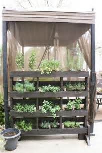 Small Veg Garden Ideas Get Started Growing 5 Easy Small Vegetable Garden Ideas To Try Apartment Therapy