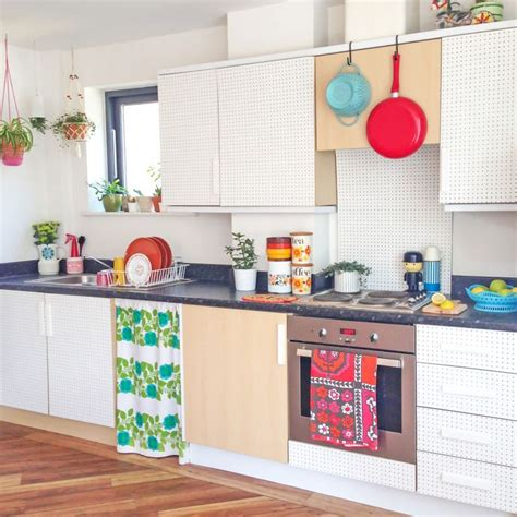 pegboard kitchen ideas 25 best ideas about peg board kitchens on