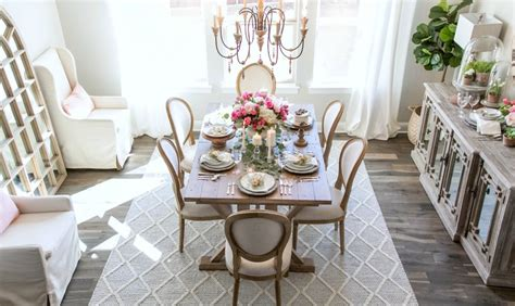 key characteristics   french country dining room