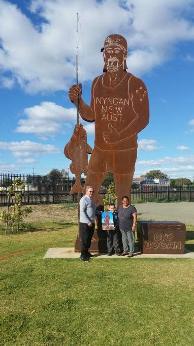 tourists  celebrate party nyngan observer