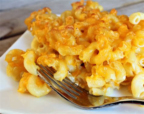 easy macaroni cheese easy mac and cheese recipe dishmaps