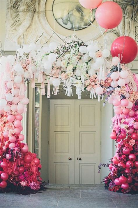 Wedding Backdrop Balloons by 1000 Ideas About Balloon Backdrop On Balloons