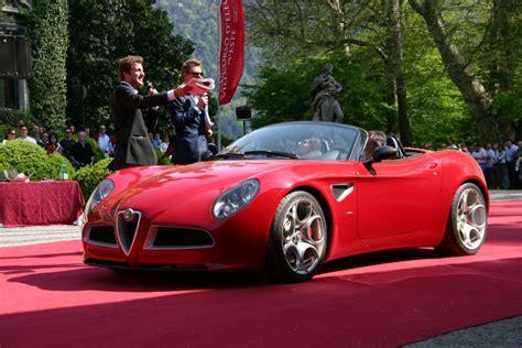 Alfa Romeo Roadster by Alfa Romeo 8c Spider Vs Bmw Z4 Roadster