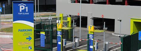 parcheggio interno orio al serio orio al serio parcheggio coperto casamia idea di immagine