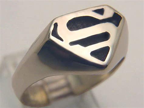 white gold superman ring 3