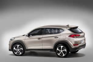 Hyundai Tucson L 2016 Hyundai Tucson Shows Two Different Hybrid Concepts In
