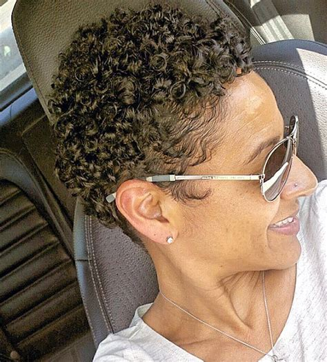 naturally curly pixie cuts for big women 30 standout curly and wavy pixie cuts