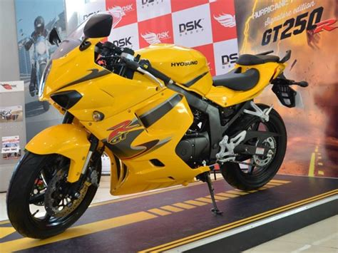 dsk hyosung launches gtr signature edition  rs  lakh