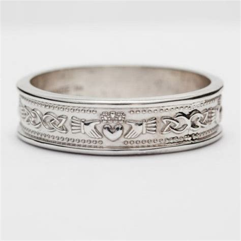 Best 25  Claddagh wedding ring ideas on Pinterest