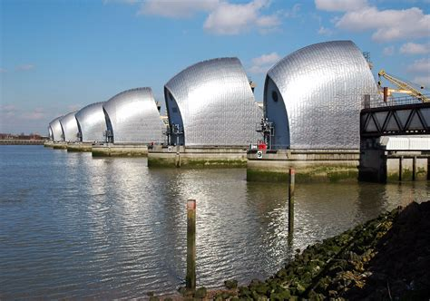 thames barrier facts river thames tt22e page 3