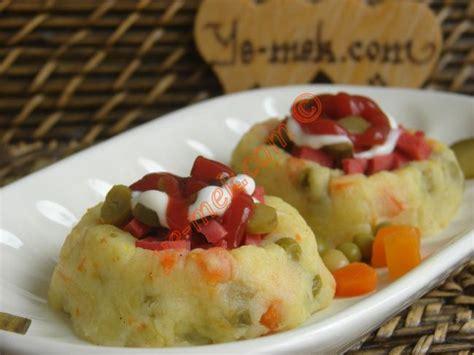 Kumpir - Baked Potato Recipe (Turkish Cuisine) | Recipes ... Homemade Ketchup Recipe Fresh Tomatoes