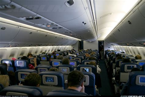 boeing 767 interni boeing 767 400er interior pictures to pin on