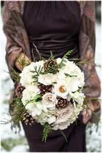 winter wedding bouquet ideas 1000 ideas about pinecone bouquet on bouquets