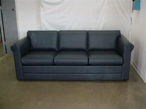 how much does it cost to recover a sofa uk