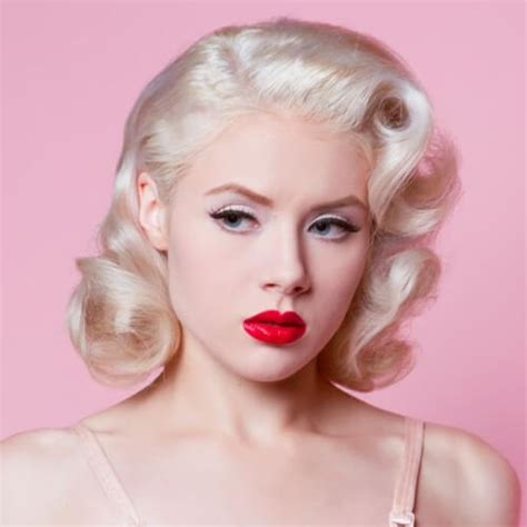 Pin Up Hairstyle For Hair by 50 Pin Up Hairstyles For Retro Glam Hair Motive Hair Motive