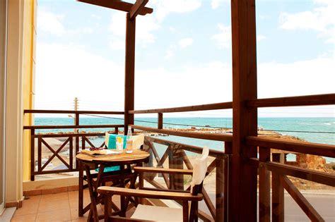 porto kalamaki hotel se bilder fr 229 n v 229 rt hotell porto kalamaki i chaniakusten